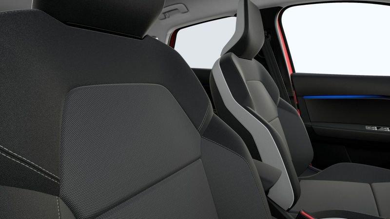 Renault Captur –  Ibrida – 5 posti completo